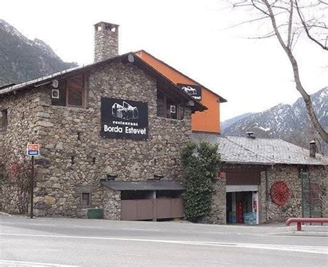A Travel Guide of the Country of Andorra