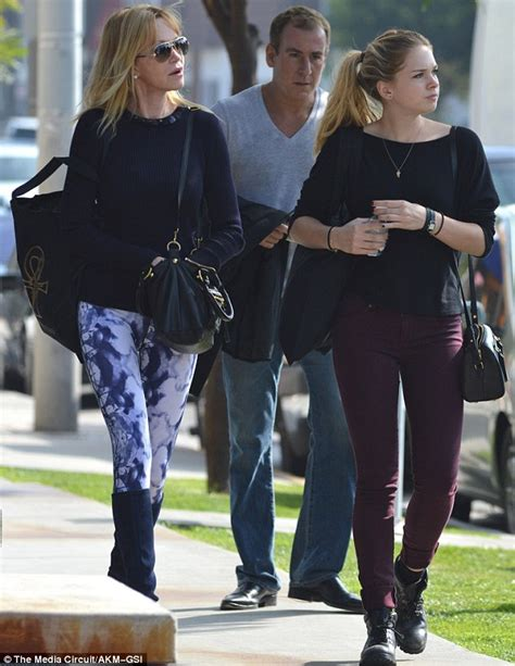 A very slender Melanie Griffith and daughter Stella ...