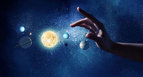 A vida é movimento, o universo é grandioso e o mundo é ...