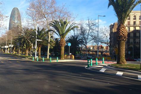 Abierta al tráfico la calle de Los Castillejos | Les ...