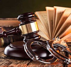 Abogados Especialistas en Prisión Permanente Revisable