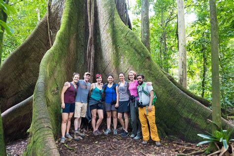 About de la pura vida: Living in Costa Rica