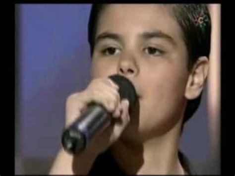 Abraham Mateo y Luis Miguel cantan LA MEDIA VUELTA ...