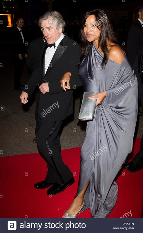 Actor Robert De Niro and his wife Grace Hightower arrive ...