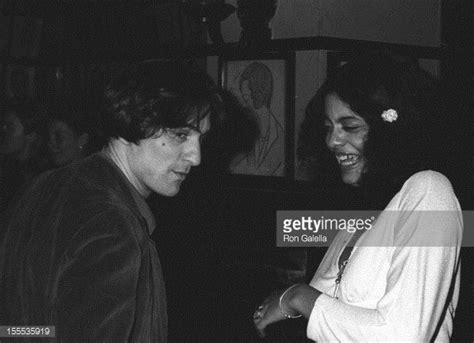 Actor Robert De Niro and wife Diahnne Abbott attend 39th ...