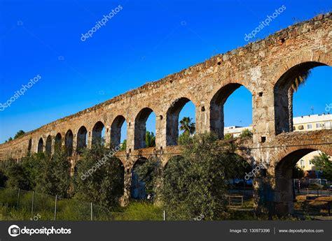 Acueducto de San Lázaro en acueducto de Mérida Badajoz ...