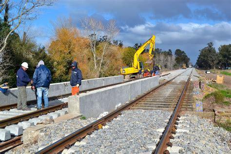 Administración de Infraestructuras Ferroviarias Sociedad ...
