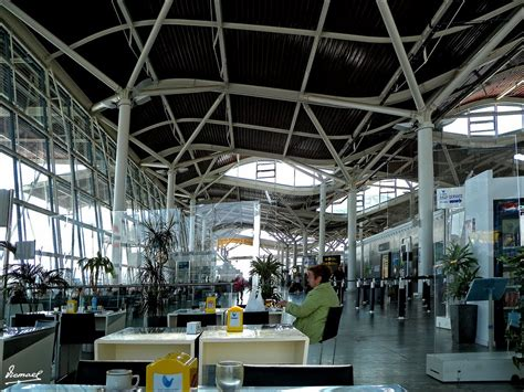 Aeropuerto de Zaragoza  ZAZ    Aeropuertos.NET