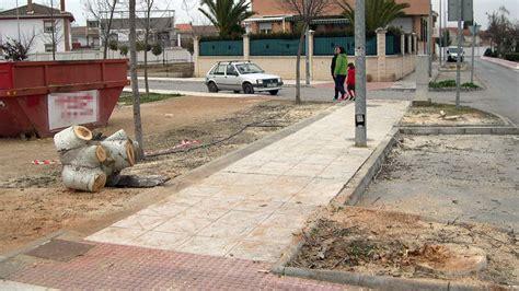 Ahora Granada   Denuncian una tala de árboles en Santa Fe ...
