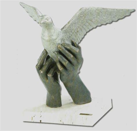 Alegoría de la paz. 35x25x32cm - Regalos y decoración