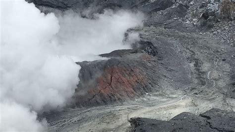 Alerta verde en 7 cantones por erupción del volcán Poás