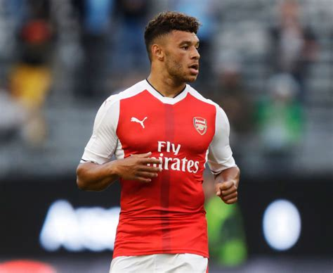 Alex Oxlade Chamberlain to Liverpool: Issues mount around ...