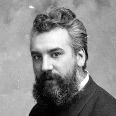 Alexander Graham Bell Biography. Famous people in English ...