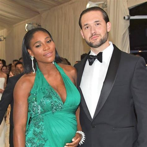 Alexis Ohanian recalls first embarassing meeting with ...