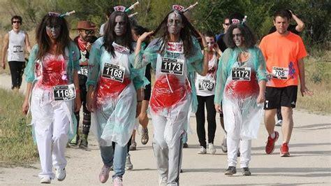 Algunos «zombies» acudieron en grupo   ABC.es