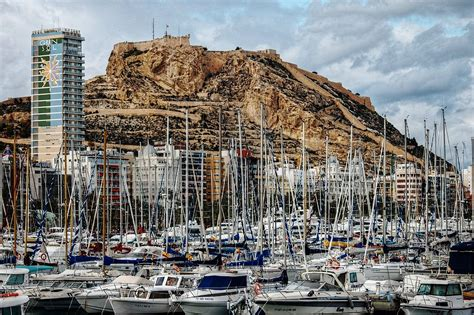 Alicante – Travel guide at Wikivoyage