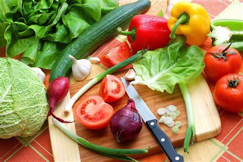 Alimentos que ayudan a adelgazar y quemar grasa abdominal ...