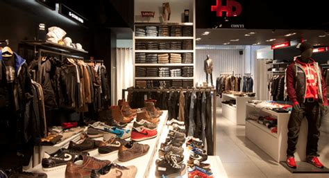 almacenes-ropa12.png