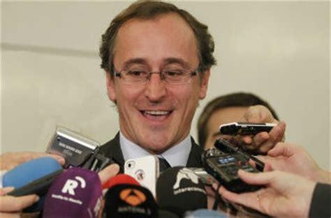 """Alonso (PP), """"algunos políticos,entre ellos los del ..."""