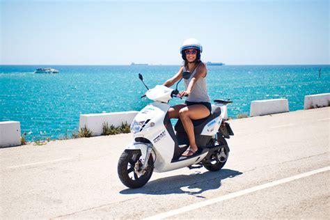 Alquiler de motos en Formentera - Reserva online en ...