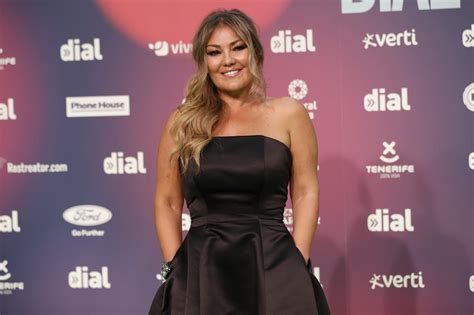 Amaia Montero, su imagen en los premios Dial desata la ...