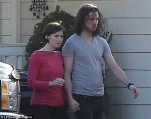 Amanda Knox and Raffaele Sollecito CLEARED of murdering ...