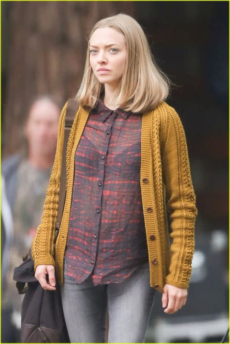 Amanda Seyfried Supports Message About Beauty Standards on ...