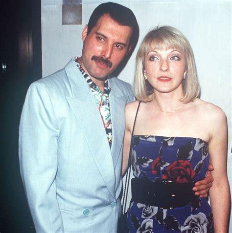 Amazing unreleased photos of Freddie Mercury to celebrate ...