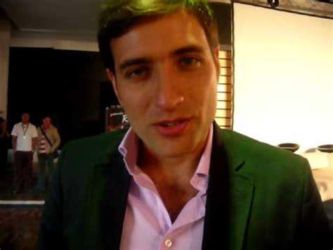 Andrés Suárez Está en www.mycollywood.com - YouTube