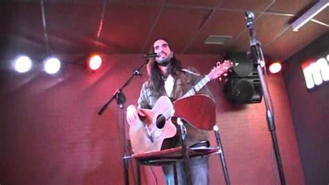 Andrés Suárez - Su Romeo (Valencia) - YouTube
