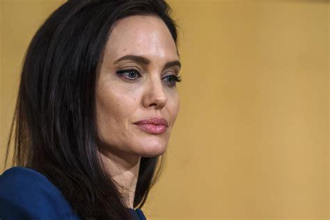 Angelina Jolie not  comfortable  with Brad Pitt spending ...
