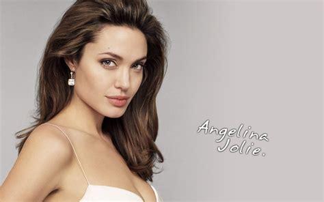 Angelina Jolie | Photosgood