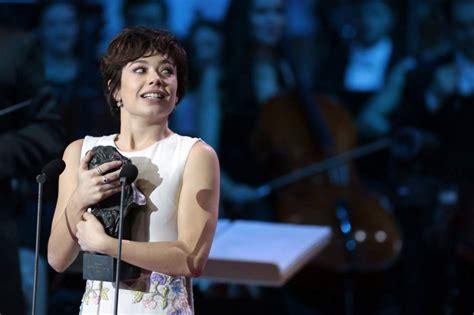 Anna Castillo, Mejor Actriz Revelación por su papel en 'El ...