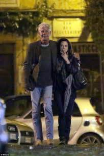 Anthony Bourdain kisses Asia Argento   Daily Mail Online