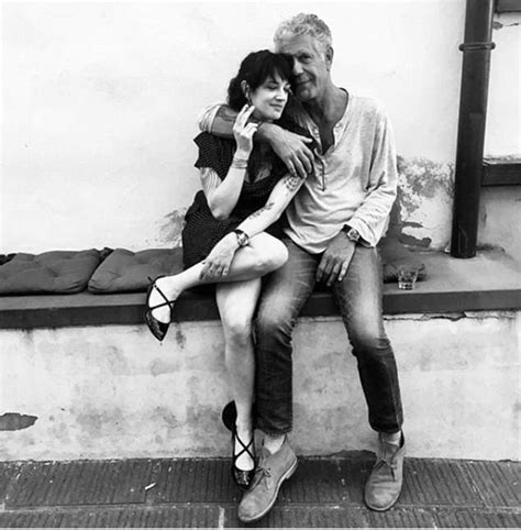Anthony Bourdain swigs beer with Asia Argento in final ...