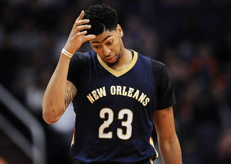 Anthony Davis frustrated with team | HoopsHype