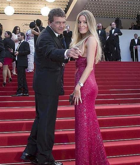Antonio Banderas alardea de novia en Cannes