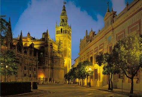 Apartamentos Sevilla :: Descubresur