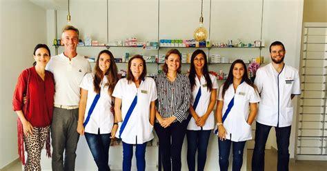 Apertura de la farmacia de Carmen Blanco Arias en ...