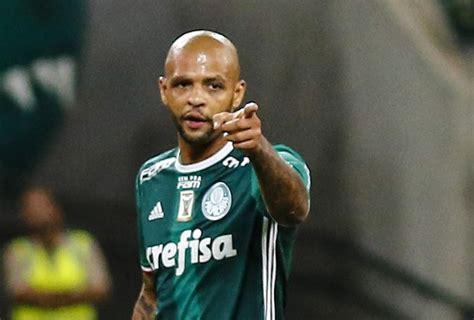 Após 3 meses, Felipe Melo comemora titularidade no Verdão