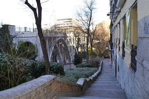 Aprende la historia de Madrid Antiguo haciendo running ...
