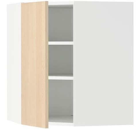 Aprovecha al máximo el espacio con los armarios esquineros ...