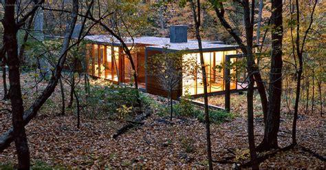 ARAÑAZOS EN EL CIELO: Una Casa en el Bosque