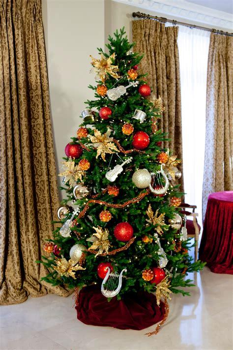 Arboles de Navidad, alquiler y venta para decoracion en ...