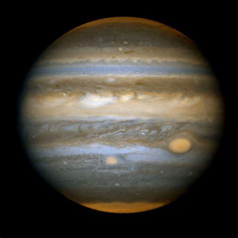 Archivo:Jupiter's New Red Spot from Hubble.jpg - Wikipedia ...
