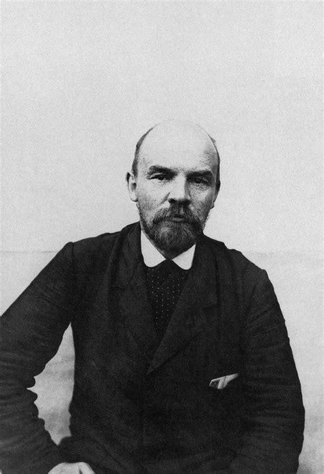 Archivo:Lenin, 1914  Photo of B.D.Vigilev .jpg   Wikipedia ...