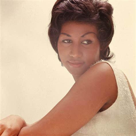 Aretha Franklin   Info bij persoon met afbeeldingen, news ...