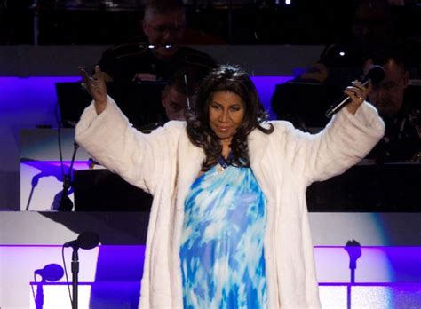 Aretha Franklin plans to sue over biography  Respect ...