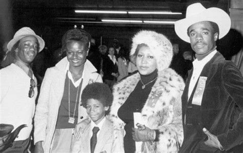 Aretha with then husband Glynn Turman, her child Kecalf ...