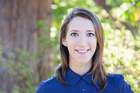 Arielle Zuckerberg, Zuck's Youngest Sister, Is Joining ...